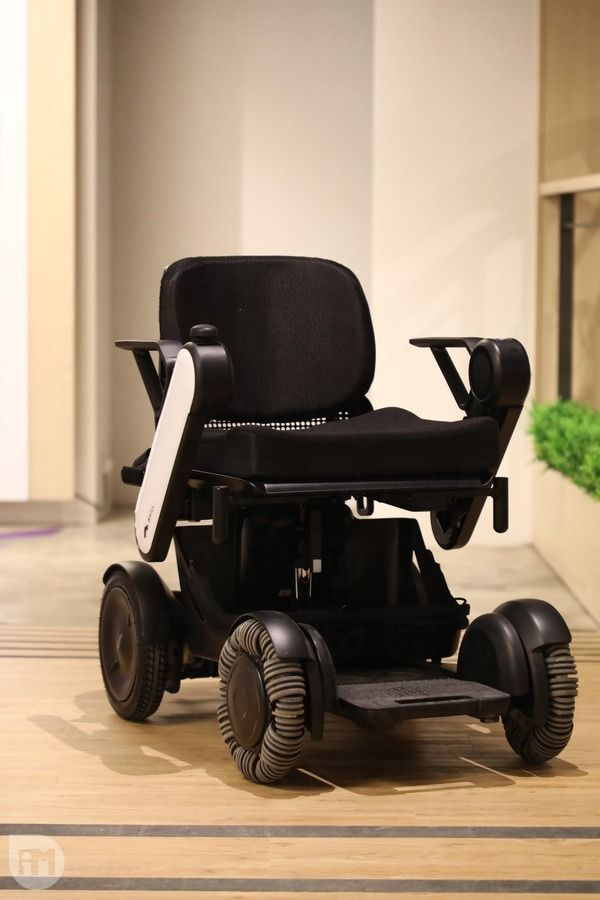 WHILL, Model Ci, 電動輪椅